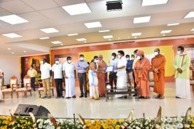 chief-minister-mk-stalin-on-behalf-of-the-department-of-hindu-religious-affairs-presented-the-order-for-the-appointment-of-priest-trainees-and-temple-workers-at-the-kabali-karpagambal-hall-in-raja-annamalaipuram