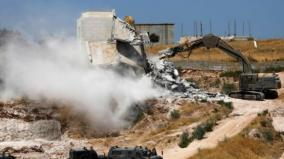 israeli-work-crews-on-monday-began-demolishing-dozens-of-palestinian-homes