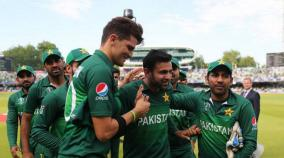 malik-hafeez-dropped-from-pakistan-players-contract-list