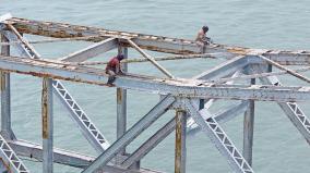 pamban-bridge-workers