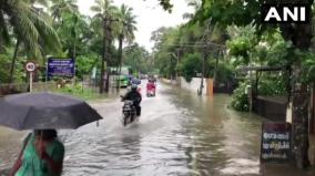 heavy-rains-in-kerala-claim-42-lives-over-one-lakh-in-relief-camps