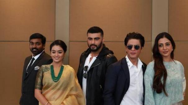 you-are-most-wonderful-actor-seen-in-my-life-sharukh-khan-praised-vijay-sethupathy