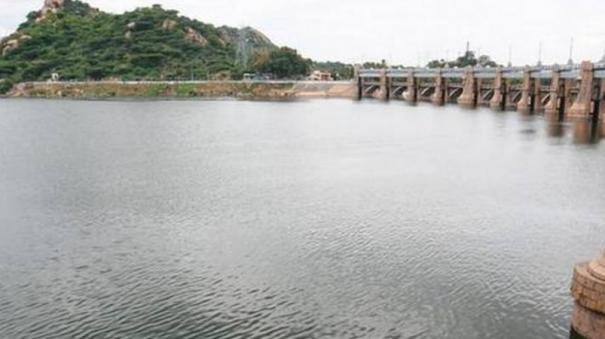 water-flow-increases-to-mettur-dam