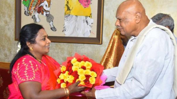 rosaiah-calls-on-telangana-guv-dr-tamilisai