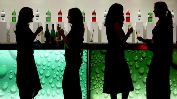 more-women-are-drinking-and-women-are-drinking-more