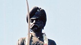 kembae-gauda-statue-at-karnataka