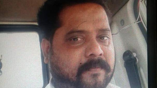 police-encounter-at-chennai-korattur-rowdy-manikandan-shot-death