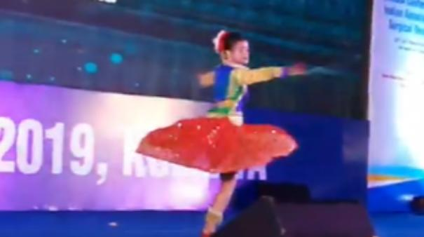 dance-performance-of-a-little-girl-who-fought-cancer