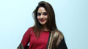 madhoo-to-act-in-thalaivi-with-aravindswamy