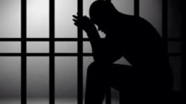 man-commits-suicide-in-madurai-prison