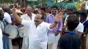 minister-kc-karuppanan-danced-in-election-campaign