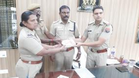 up-robbers-handover-to-tn-police