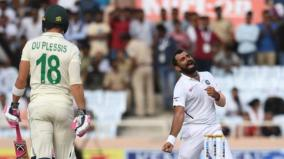 dean-elgar-retired-hurt-sa-wobbles-in-second-innings-also-as-shami-rocks-top-order