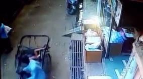 3-yr-old-boy-fell-from-a-second-floor-and-landed-directly-on-the-seat-of-a-passing-rickshaw-with-no-injuries