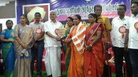 puduchery-minsiter-appreciates-teacher