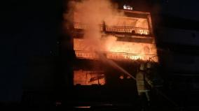 fire-at-chennai-silks-cloth-in-kovilpatti-goods-worth-rs-2-crore-burned