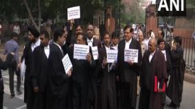 lawyers-protest-outside-sc-demand-eforcement-of-lawyers-protection-act