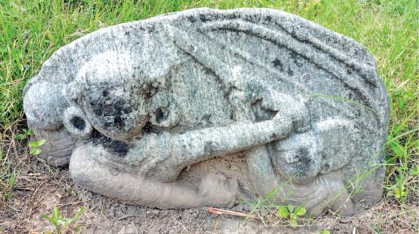 karandhai-veeran-nadukal