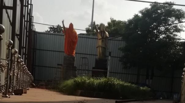 statue-for-jayalalitha-beeing-erected-in-madurai-kk-nagar