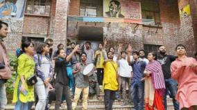 after-students-protest-jnu-rolls-back-hostel-fee-hike