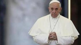 pope-francis-warns-of-dangers-young-people-face-online