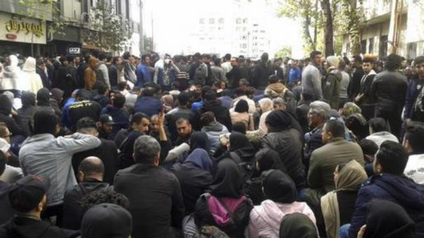 iran-36-killed-in-protests-against-fuel-price-hike