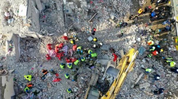 rescuers-use-drones-and-dogs-to-search-for-albanian-quake-victims