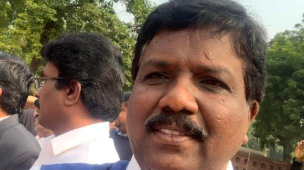 kuwait-cell-phone-operator-for-young-men-what-is-the-government-of-india-ravi-kumar-questioned-in-lok-sabha