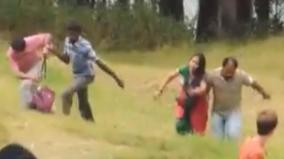 wild-elephant-turns-violent-over-people-making-noise-and-taking-selfies
