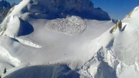 two-soldiers-killed-after-getting-hit-by-avalanche-in-siachen