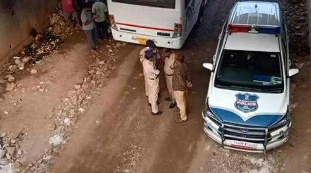 four-accused-in-hyderabad-vet-rape-and-murder-case-shot-dead