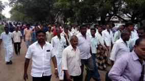 youth-assaulted-by-police-village-people-protest-in-virudhunagar-sp-office