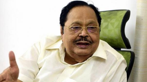does-the-ias-officer-order-the-aiadmk-mp-to-support-the-citizenship-bill-duraimurugan-condemned