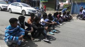 kodaikanal-students-protest-seeking-issuance-of-laptop