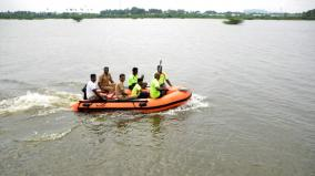 crocodile-found-in-palayamkottai-pond-firemen-search-extensively