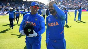kohli-dhoni-named-captains-of-test-and-odi-team-of-the-decade-by-cricket-australia