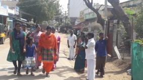madurai-as-police-didn-t-take-stringent-action-candidates-canvass-people-near-booths