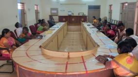 election-officer-didn-t-come-in-kovilpatti