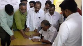 nellai-kannan-signs-in-police-station