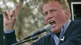 hollywood-actor-martin-sheen-recites-rabindranath-tagore-poem-at-climate-change-protest