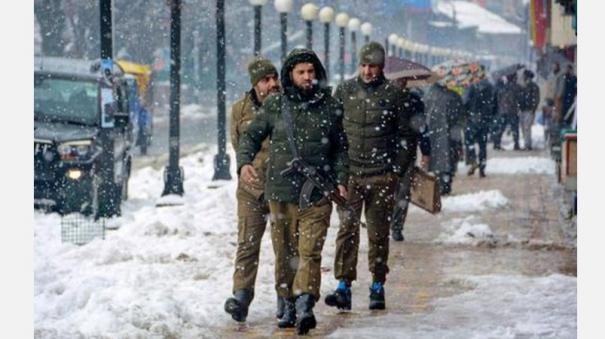police-bust-jem-module-in-srinagar-say-terror-attack-averted-ahead-of-republic-day