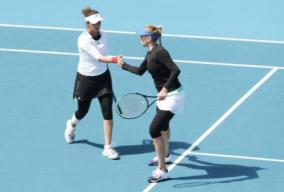 sania-sails-into-women-s-doubles-final-of-hobart-international