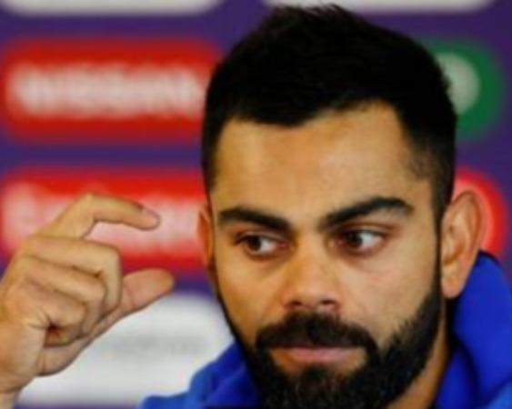 we-know-exactly-what-we-re-doing-in-the-change-room-on-the-outside-there-s-a-lot-of-panic-that-we-don-t-really-focus-on-kohli