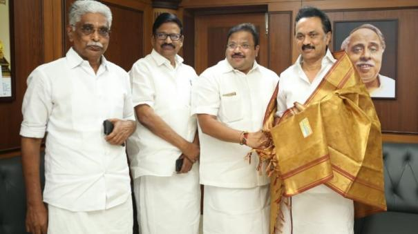 dmk-congress-should-avoid-talking-publicly-about-coalition-stalin