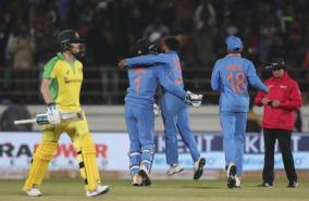 steve-smith-analyses-rajkot-odi-loss-against-india