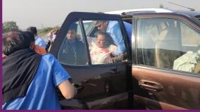 shabana-azmi-injured-in-accident-on-mumbai-pune-expressway