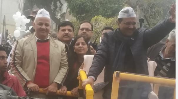 arvind-kejriwal-to-file-his-nomination-on-tuesday