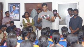 vishal-speech-at-students-meet