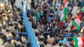 police-foil-hyderabad-varsity-students-march