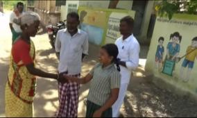 school-student-in-gram-sabha